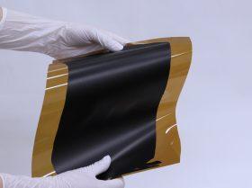 今回開発したSGCNT系水性塗料を用いてポリイミドシートへ形成した塗布膜